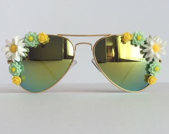 Early Spring II - Reflective Embellished Sunglasses Mirrored Sunnies Shades White Yellow Gold Green Flowers Floral