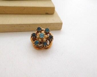 Vintage Small Aqua Blue Rhinestone Faux Pearl Gold Tone Flower Brooch Pin E36