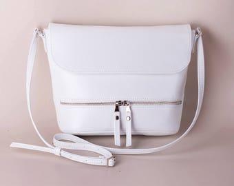 White crossbody bag White purse Small purse Sling bag Vegan bag Handbag White crossbody Gift for her Shoulder bag Crossbody purse purse