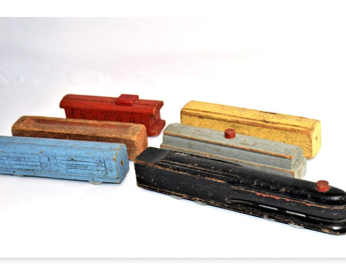 Vintage 1940s The All American R. R.  Wooden Steam Engine Toy Train Set,  Pennsylvania R.R. S-1 Bullet-Nose Locomotive