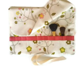 Makeup Brush Roll Pink & Green Floral Cosmetic Organizer Travel