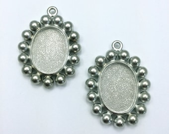 4pc Oval Pendant with Balls // 25mm // Bezel //  Personalize // Made In The USA by Winky&Dutch