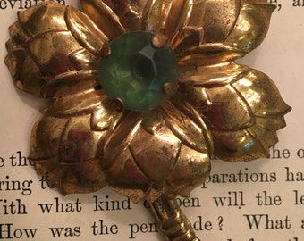 Large Vintage Flower Pin with Peridot Green Jeweled Center Vintage Destash