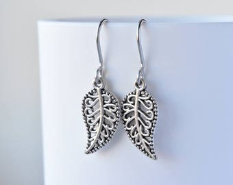 Silver Earrings - Leaf Dangle Earrings - Nature Inspired - Gift for Her - Silver Leaves - Everyday Earrings - Nature Jewellery