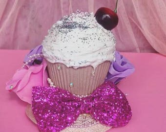 Kawaii Cupcake fascinator <3