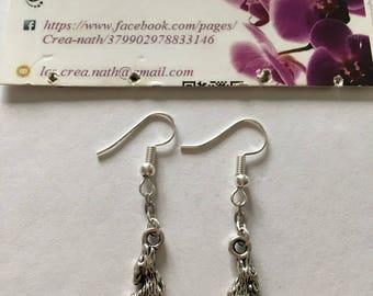 earring type Silver Wolf