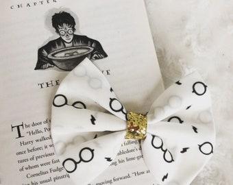 Harry Potter inspired Bow, Harry Potter Headband, Hogwarts Bow, Wizard Harry Bow