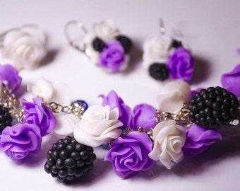 Bride bracelet, bridal bracelet, bride corsage, bracelet, bridesmaid bracelet, girl gift, flowers bracelet