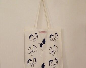 Marching penguin Bag