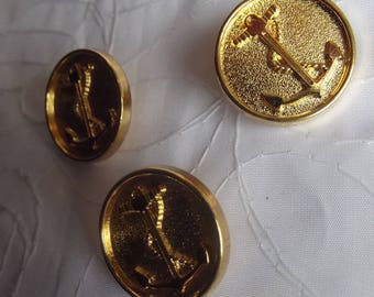 3 BUTTONS METAL GOLD ANCHOR