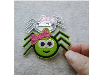 Spider - Pink Bow - Insect - Halloween - Pin Brooch - Jewlery