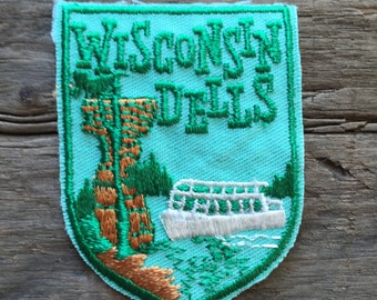 Wisconsin Dells Vintage Souvenir Travel Patch by Voyager