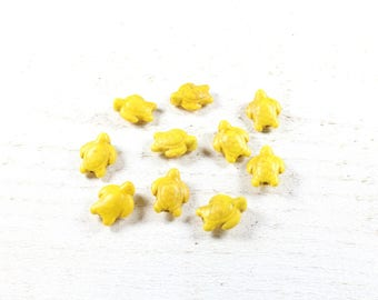 10 yellow synthetic howlite turtle beads approximately 15 x 12 x 6mm