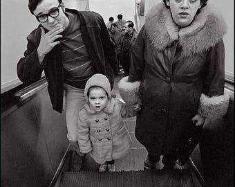HOLIDAY SHOPPERS, Lloyd Center, Portland, Clyde Keller '70 photo