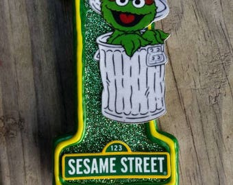 Oscar the Grouch Birthday candle, Sesame Street Birthday Candle