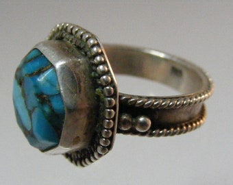 Vintage Southwest Mosaic Turquoise Ring in Sterling Silver.....  Lot 5836