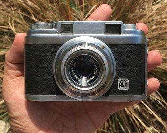 Akarex 1 Range finder 35mm film camera made by Apparat & Kamerabau Gmbh