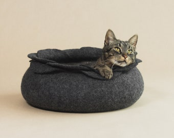 Cat bed house cave charcoal flower felted cat bed