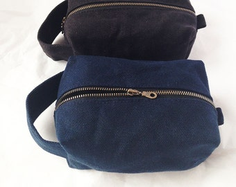 Waxed Toiletry Bag. Waxed Canvas Dopp Kit. Mens Toiletry Bag Waterproof. Waxed Canvas Bag. Travel Bag Men. Travel Bag for Men. Mens Gift.