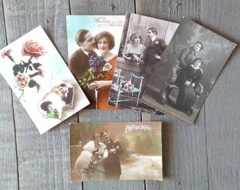 Set of 5 Vintage Romantic Lovers  postcards. Romantic couple.