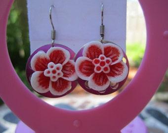 Sale Red & White flower dangle bobbin earrings