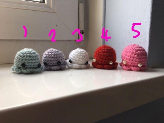 Amigurumi Octopus Mohu : Tiny octopus crochet plushie mohu pattern