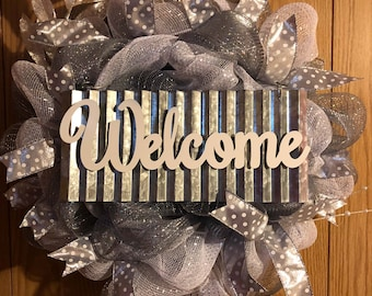 Silver Welcome Wreath