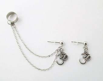 Ohm ear cuf with chain