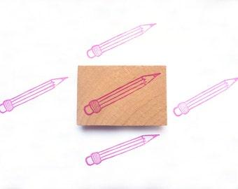 Tampon en gomme, motif crayon, gravé à la main