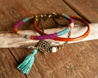 Bracelet cuir femme, Cadeau pour femme, Bracelet multi rangs, Cadeau maman, Bracelet superposition, Tendance Bohème, Bijou ethnique, Pompon