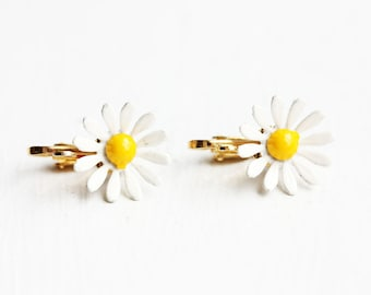 White Daisy Clip on Earrings, Clip On Earrings, Daisy Earrings, Daisy Studs, Flower Studs