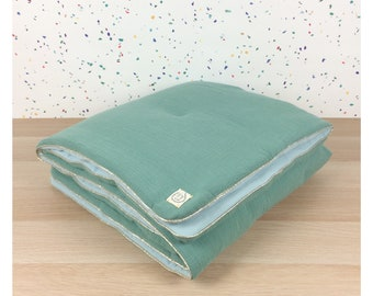 Two-tone Aqua Eucalyptus quilt for baby bed