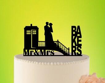 TARDIS Wedding Cake Topper, Doctor Who Wedding Cake Topper, TARDIS Wedding, Doctor Who cake topper, Doctor Who Wedding L2-02-009