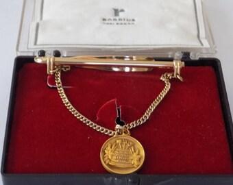 Pince à cravate, 10 KGF Carling brasserie Frankenmuth médaille de 25 ans sur la cravate de 12 K GF ou scark clip, souvenirs à collectionner