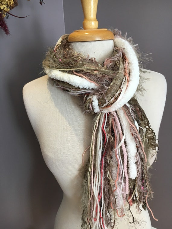 Fringie in Dusty Rose, art yarn scarf, handmade fringe scarf with knots, chunky  scarf, Funky Scarf, faux fur scarf, pink mauve taupe, boho