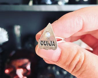 Ouija Ring- Planchette Ring- Ouija Board Ring- Ouija Jewelry- Ouija Board Jewelry- Silver Ring- Gothic Ring-Halloween Ring-Halloween Jewelry