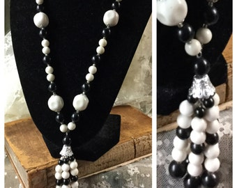 Long Plastic Bead Tassel Necklace Unsigned Black White Silver Tone Bead Caps 1960's 1970's Round Dimpled Beads Simple Design Single Strand