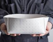 Large Ceramic Bowl, White Ceramic Serving Bowl, Modern Stoneware Bowl, Minimalist Salad Bowl, White pottery Bowl, Fruit Bowl, Christmas Gift