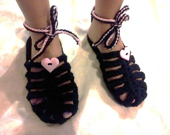 Heart Sandals crochet pattern in English only