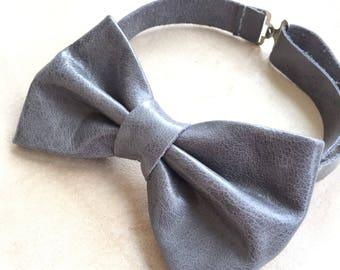 Men's bowtie/ Leather bow ties/ suit accessory/ formal wearing for boys/casual/ for him/gift box/ grey bowtie/Wedding bowtie/husband gift