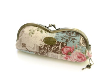 Retro, metal frame, glasses case, cosmetic case with rose key charm