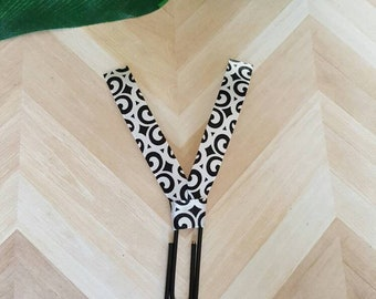 Paperclip bookmarks/ black planner clips/ black and white ribbon/ planner accessories