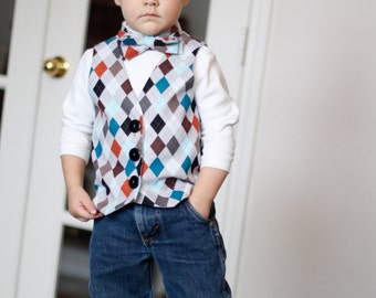 Boys Boutique Vest and Bowtie - Your Choice Fabric ! Photo prop or sibling outfit