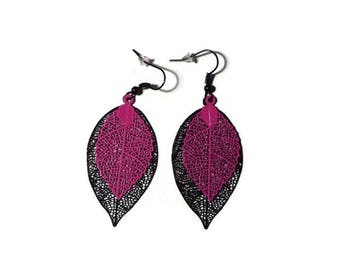 Prints black filigree leaves and rose/gift earrings