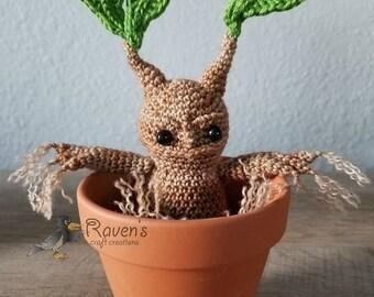 Mini Baby Mandrake Amigurumi - MADE to ORDER - Mini size mandrake, Herbology, Mandragora