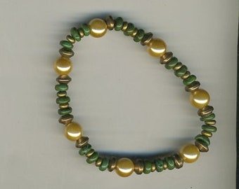 "6 7/8"" Around, Gold Iridescent Freshwater Pearls, Small Rondelles of African Jade & Gold Vermeil Spacers"