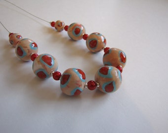 Chunky beaded polymer necklace with glass pearl beads