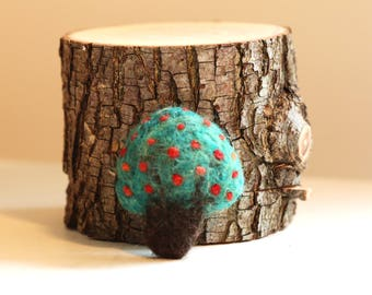 Hand Felted Apple Tree Brooch (Red Apples)