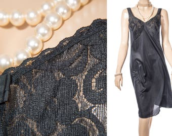 Glamorous 'Triumph' soft sheer classic black nylon and delicate sexy matching black floral lace 1980's vintage full slip petticoat - S318