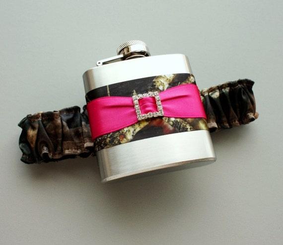 Camo Garter For Wedding: Camouflage FLASK GARTER Camo & Fuchsia Pink Bridal